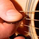 Упражнения для игры медиатором на гитаре